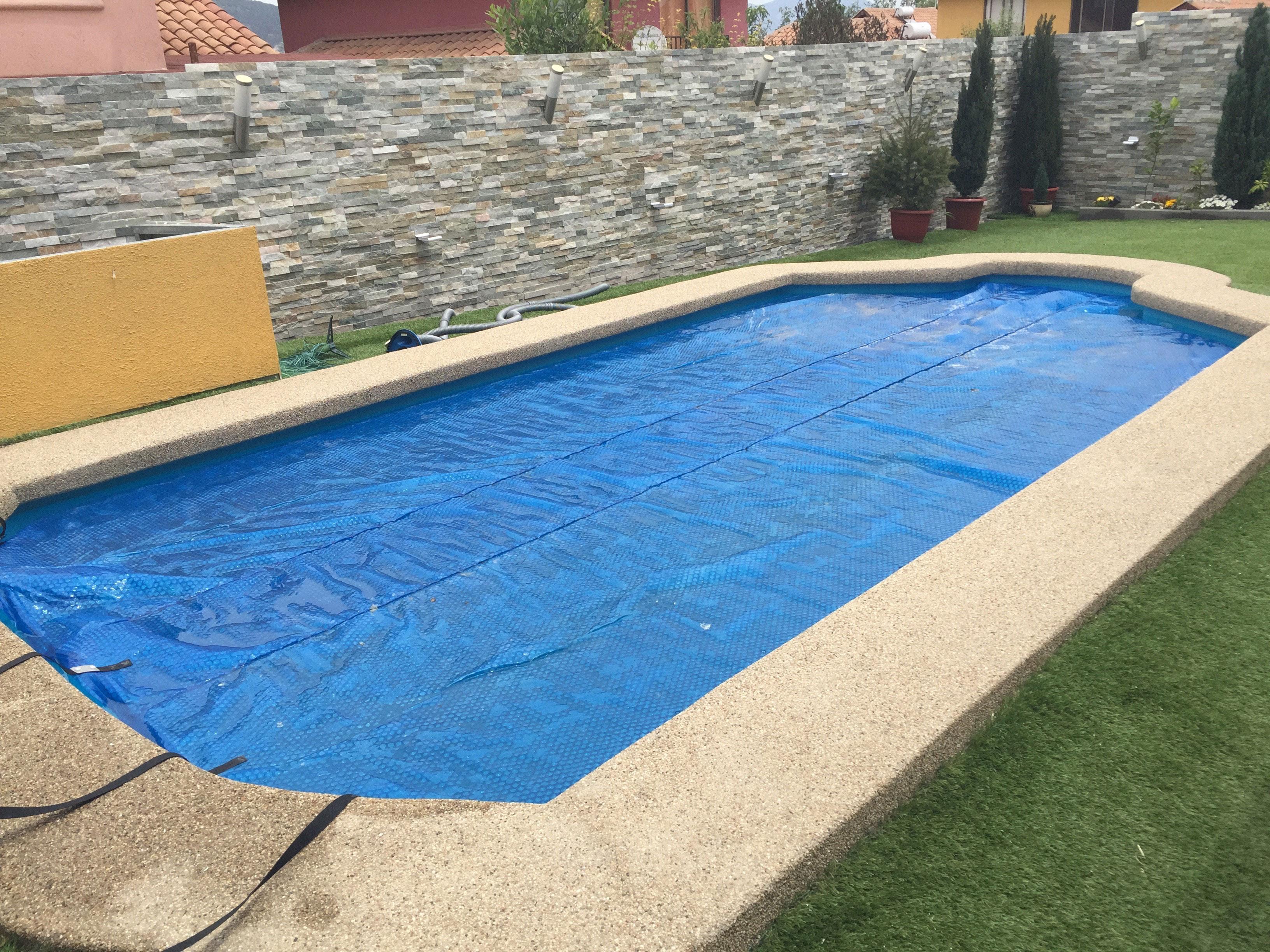 Precios de piscinas de fibra awesome piscina enterrada de for Precio piscina prefabricada enterrada