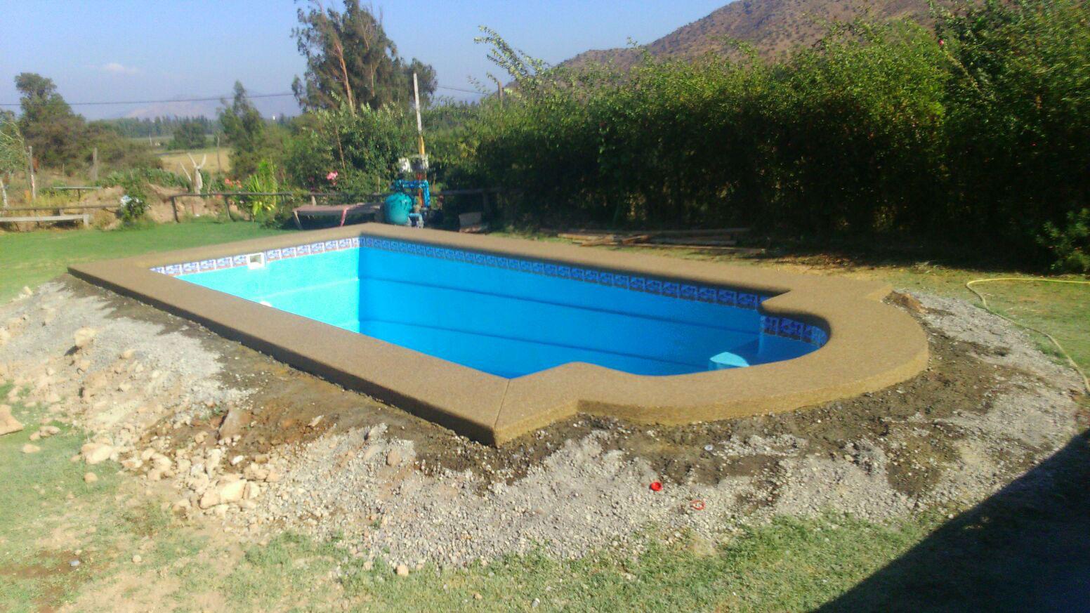 Piscinas de fibra de vidrio mejores precios instalacion y for Instalacion piscina precio